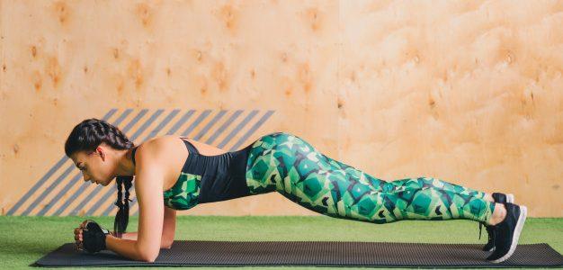 calisthenics donne plank